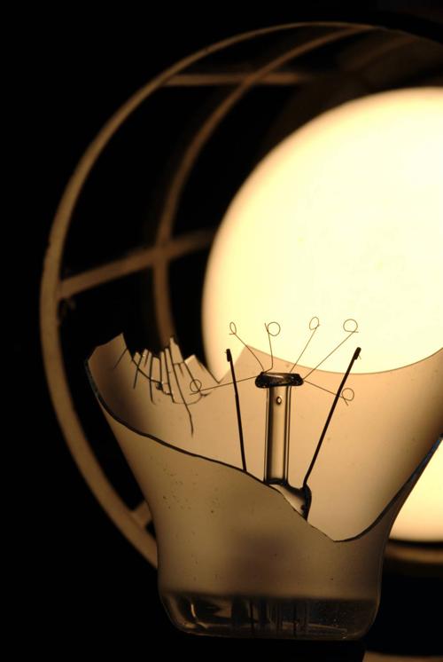 broken bulb2